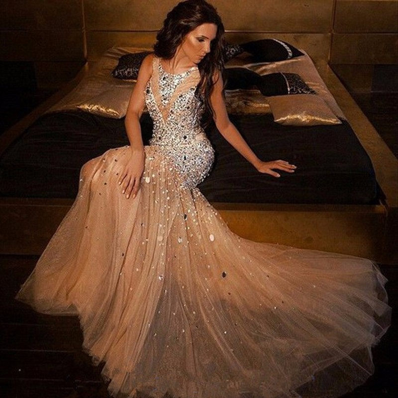 Nouvelle Arrivée Scintillant En Cristal Perlé Sirène Robes De Bal 2017 Plus La Taille Champagne Tulle Robes De Soirée Pour Les Femmes Pageant Robes