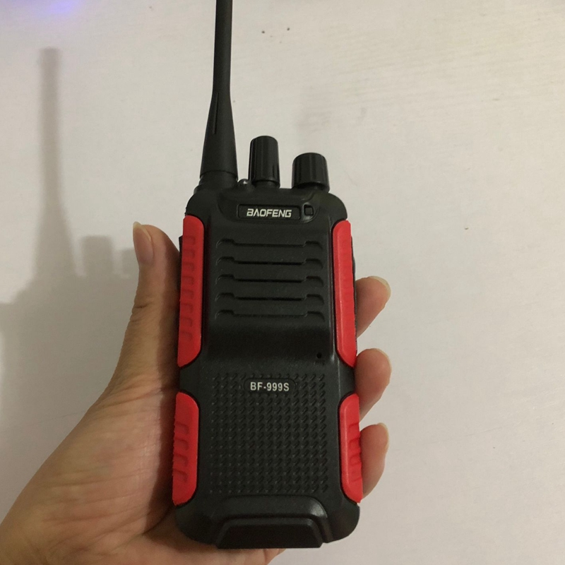 Image 2 - 2pcs Baofeng BF 999S two way radio 1800mAh li ion battery 16CHl easy to operate Interphone Tansceiver for Security walkie talkie-in Walkie Talkie from Cellphones & Telecommunications