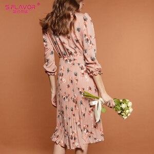 Image 2 - S.FLAVOR 핑크 플라워 프린트 a 라인 드레스 가을 우아한 새로운 패션 파티 Vestidos 겨울 캐주얼 Pleated 미디 드레스 여성을위한