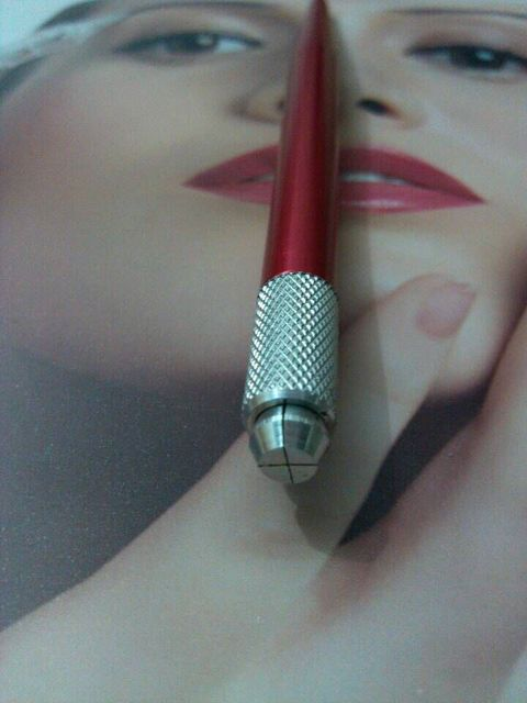 1pc Red Professional Manual Permanent Makeup Eyebrow Pen Tattoo Machines 100pcs 11-Pin Needle Blades Free Shipping