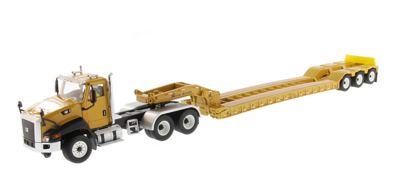 DM 85503C 1 50 Caterpillar CT660 Day Cab with XL 120 Low Profile HDG Lowboy Trailer