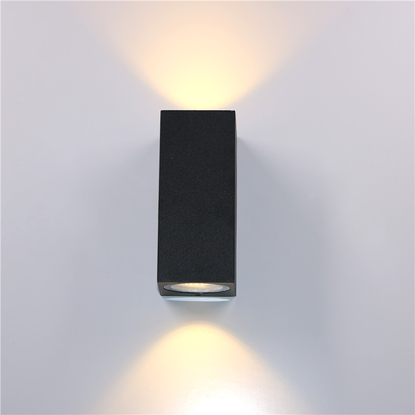 BL22 WALL LIGHTS (4)