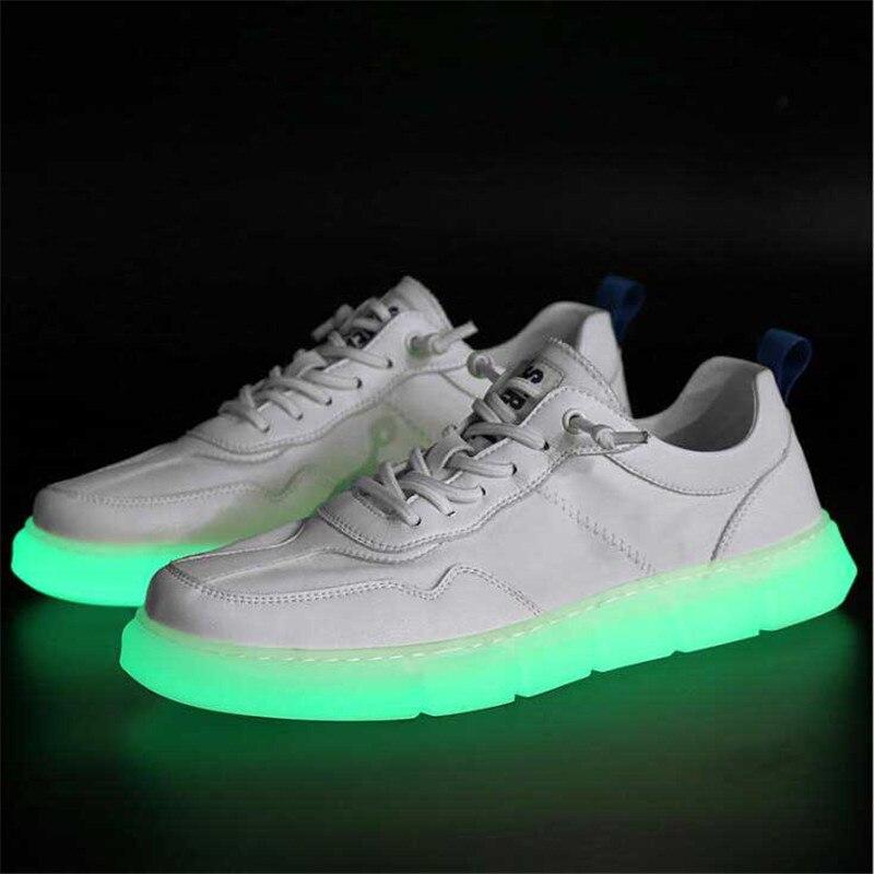Baskets homme chaussures été lumineux respirant blanc chaussures sport plat bas pour aider les hommes chaussures de marée sauvage zapatos de hombre