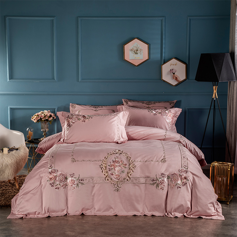 Dusty Pink Embroidery Flowers Luxury Bedding set Egyptian Cotton Queen King size Bed set Duvet cover