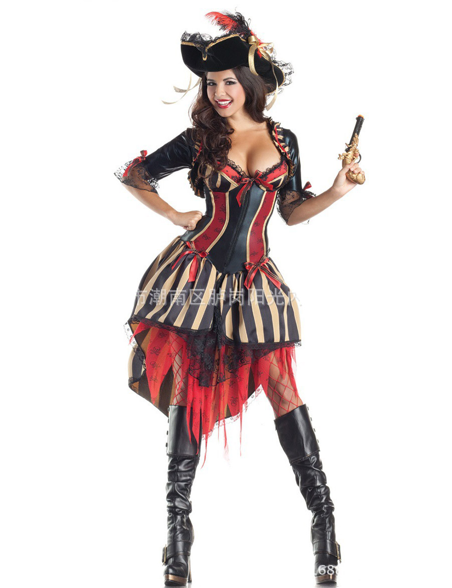 MOONIGHT Women Pirate Costumes 2017 New Halloween Costumes For Women Movie Cosplay Clothes Include Pirate Hat-in Movie u0026 TV costumes from Novelty u0026 Special ...  sc 1 st  AliExpress.com & MOONIGHT Women Pirate Costumes 2017 New Halloween Costumes For Women ...