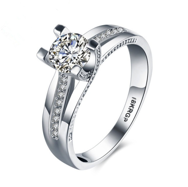 2019 New European Female Crystal from Austrian Simple sapphire ring Couple ring
