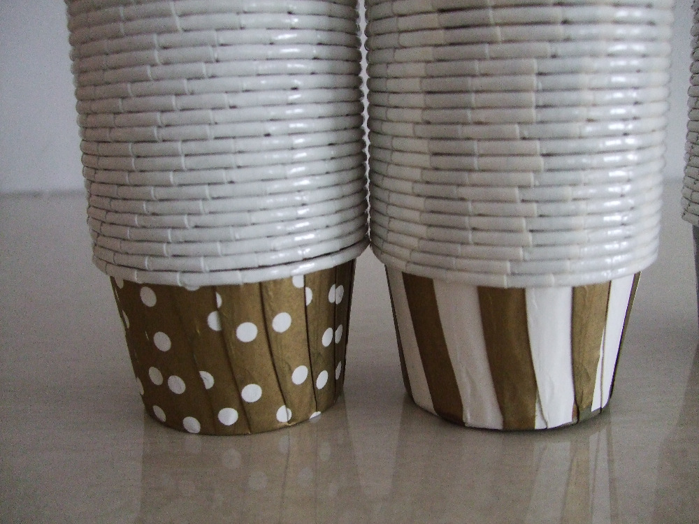 higt quality 50x39cm 200 Mix 2 Color gold dot,gold striped Larger Nut Cups Baking Cup Muffins Cupcake Liner Wrapper