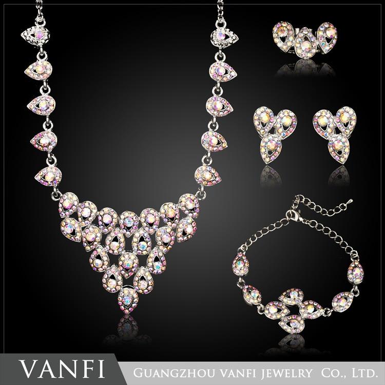 Ensemble de bijoux en strass simulé de couleur argent pour femmes ensemble de boucles d'oreilles collier de fleurs en cristal parure bijoux
