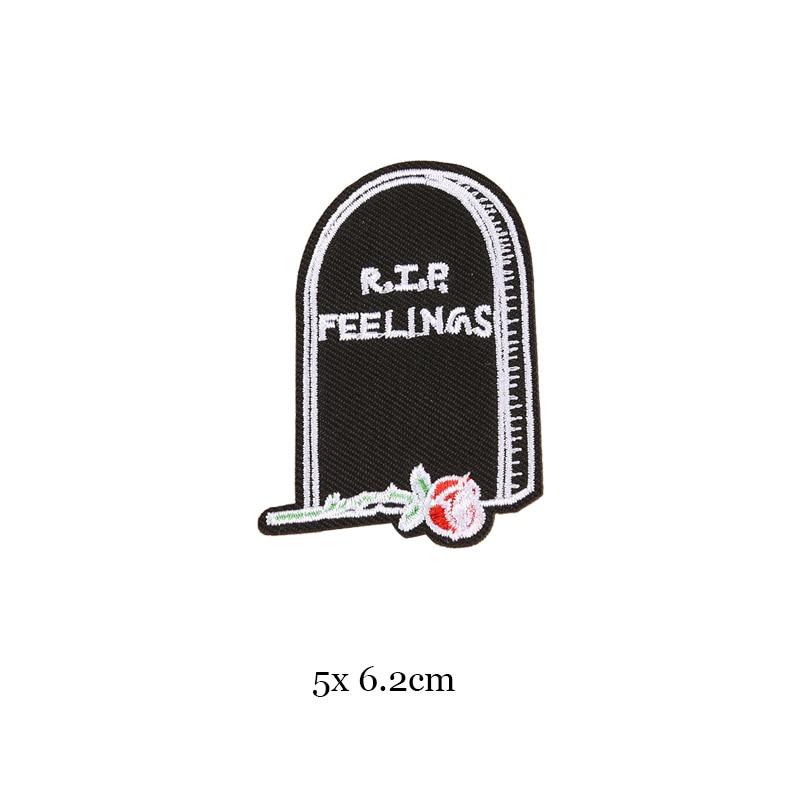 1 шт., черные, белые байкерские нашивки для одежды, железная одежда, аппликация с буквами, Череп, звезда, полосы, вышитая наклейка, круглый значок - Цвет: 13