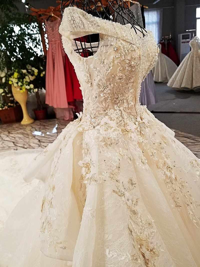 LS32114-1 super grande jupe conception robes de mariée organza tissu coloré dentelle hors épaule chagmpagne dentelle flammé robe de mariée 2018