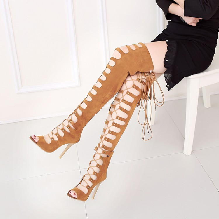2017 new European personality cross straps high-heeled sandals frosted rivet toe Leggings sexy cool boots oversized shoes marsing e27 frosted cross 10w 900lm