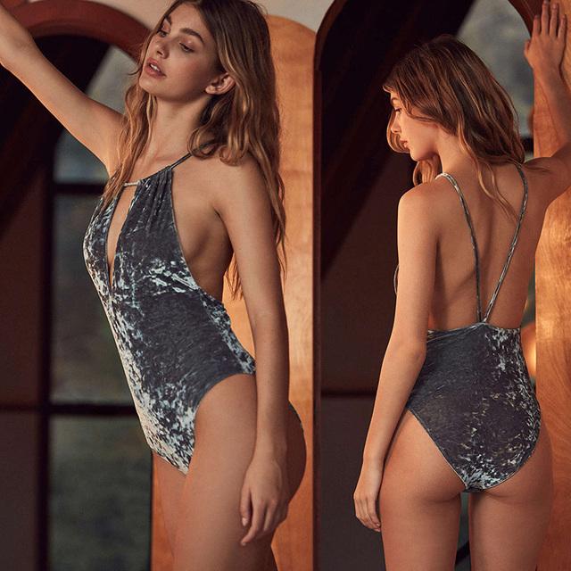 Novo De Veludo Spaghetti Strap Tops Sexy Backless das Mulheres Bodysuit 2017 Veludo Femme Magro Macacão Combinaison Mulheres Ternos Do Corpo C47