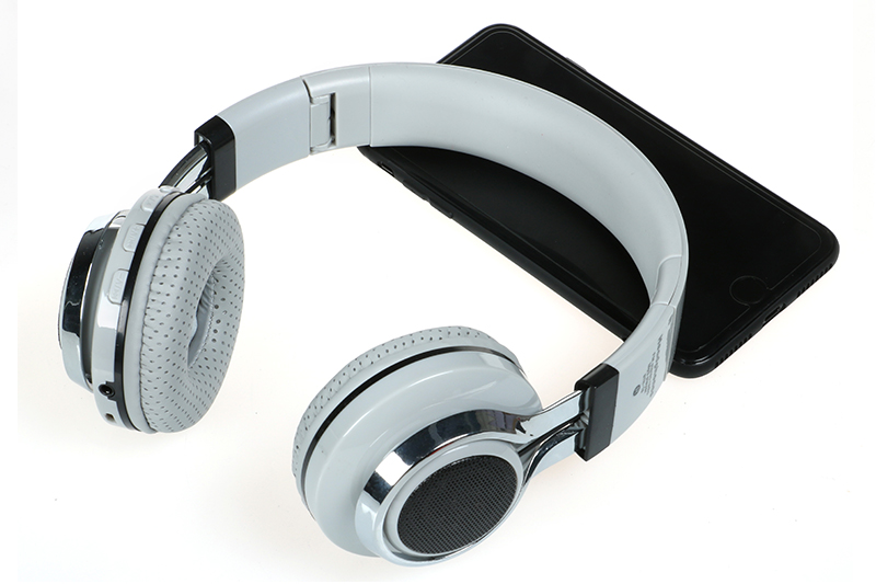 bluetooth big headphones (23)
