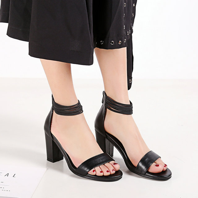 ФОТО  Ladies Black and White Classic High Heels Women Shoes Solid Geuine Leather High Quality Back Strap Style Fashion Sandals