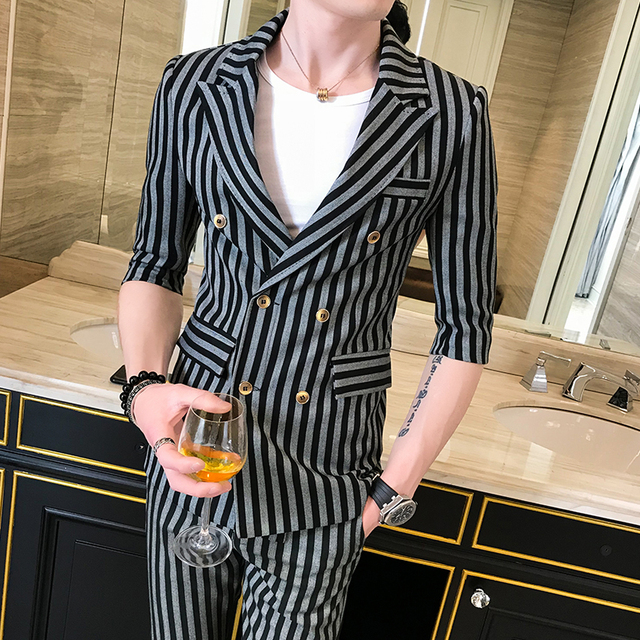 2018 summer striped small suit men suit summer trend nightclub Slim middle sleeve suit suit male summer (shirt + pants)