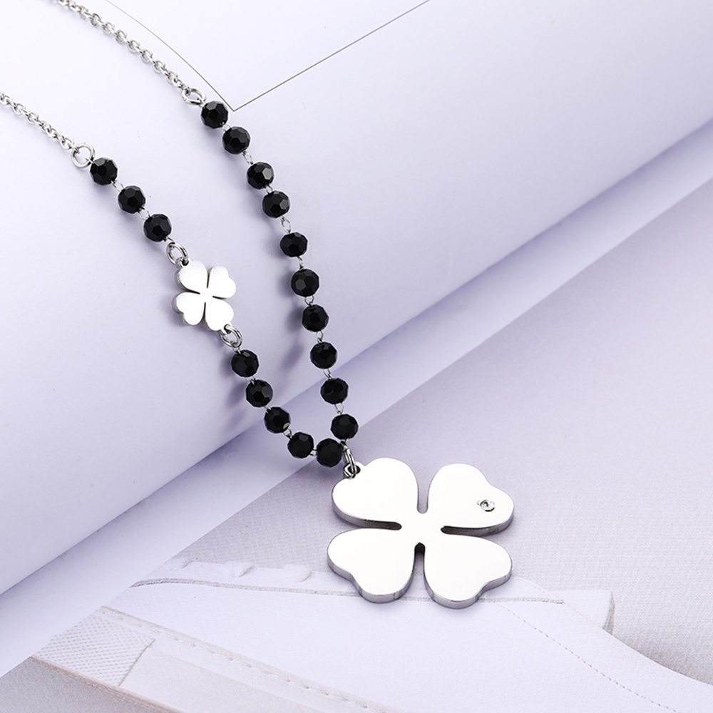 Stainless Steel Four Leaf Clover Pendant Necklace For Women Black Crystal Long Sweater Necklace Party Fashion Jewelry New Design