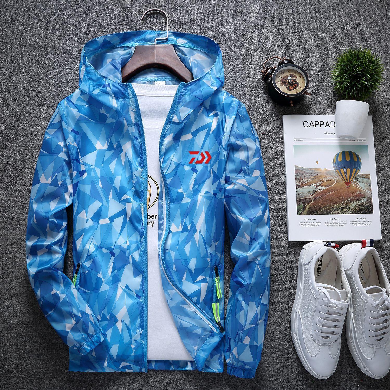 2019 New DAIWA Fishing Shirts Spring Summer Extra Thin Camping Fishing Clothing Men Women Outdoor Camouflage Fishing Jackets in Fishing Clothings from Sports Entertainment