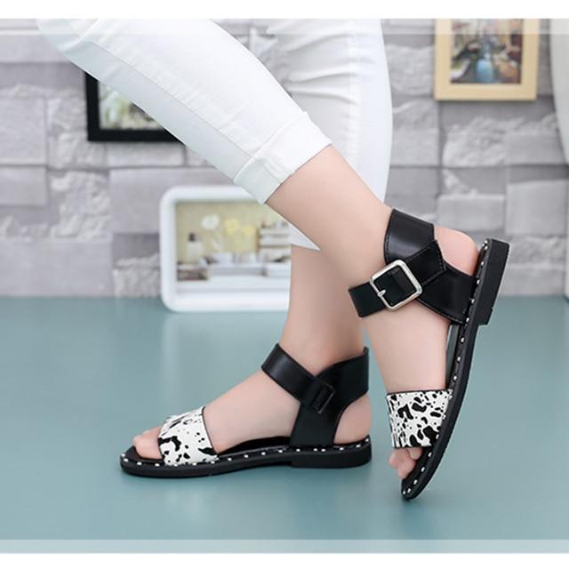 ladies Sandal Size 5