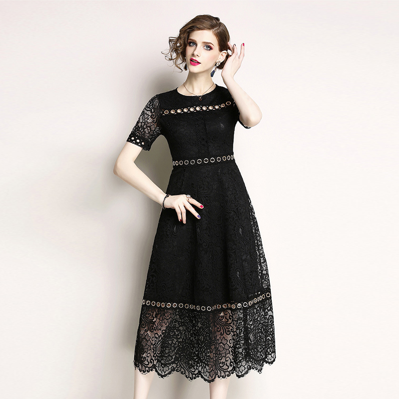 Elegant Hollow Out Embroidery White Lace Dress Women 2018 Fashion Short Sleeve Summer Dress Plus Size