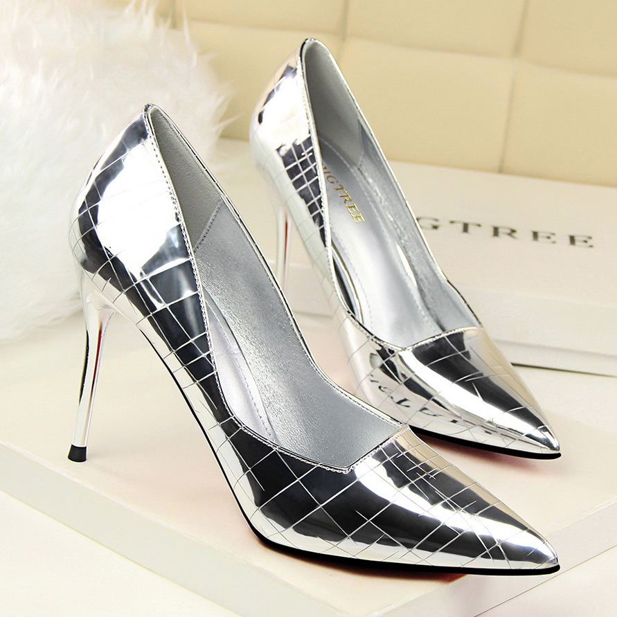 Lady Patent Leather Nightclub Snake Dress Pumps Women Crocodile Pattern Pointed Toe Shinny Sexy Party High Heels Pumps Shoes 4
