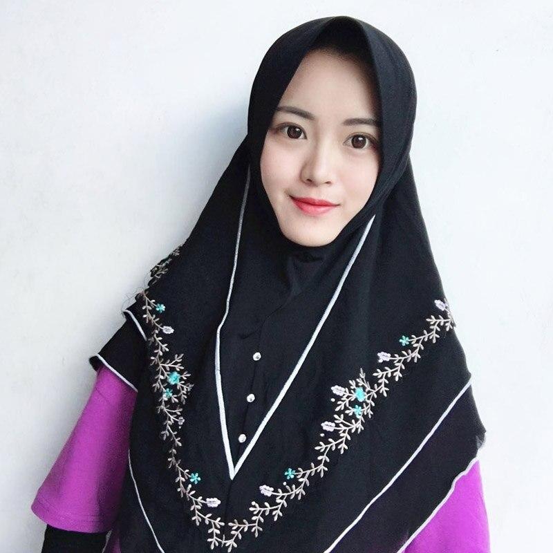 Acheter Musulman foulard islamique trois couche de mousseline de soie  broderie jersey hijab Malaisie femmes d été châle Hui nationalité hijab  écharpe Pas ... 1fefd81e11d
