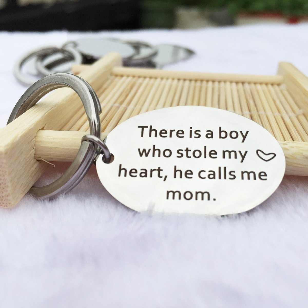 Er Is EEN Jongen Die Stola Mijn Hart, Hij Noemt Me Mom Sleutelhanger, moederdag Verjaardag Sleutelhanger Gift van Zoon Kids