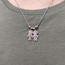 Изготовленный на заказ вы можете выбрать для маленьких девочек и мальчиков Цепочки и ожерелья Выгравировано Название на день рождения Нержавеющая сталь ожерелья на заказ для Семья подарки