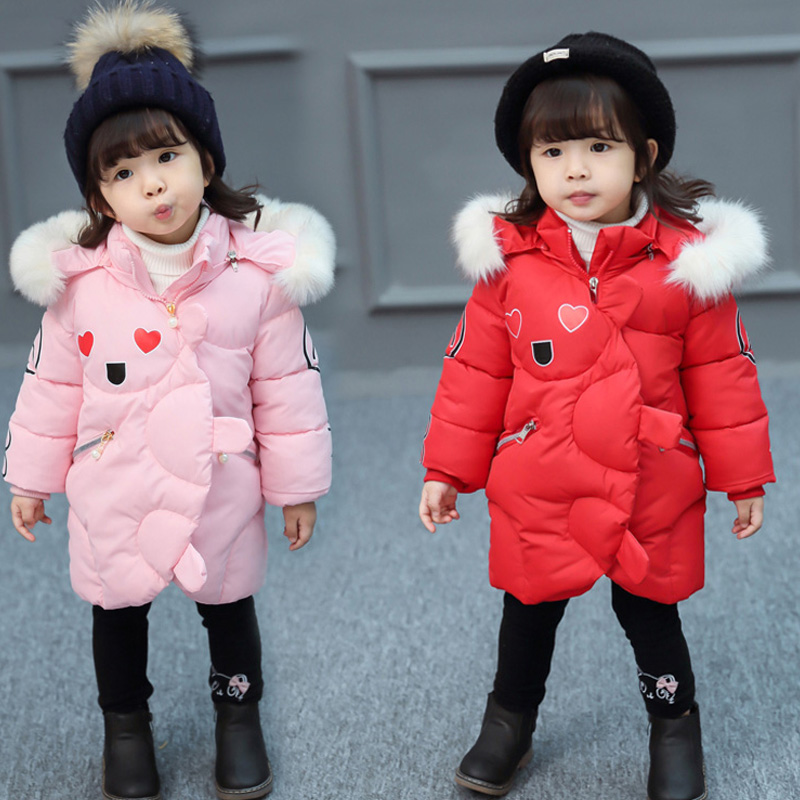 цена на Kids Girls Winter Coats 2017 New Cute Girl's Hooded Coat With Heart Children's Cotton-padded Jacket Fur Collar Long Jacket JF300