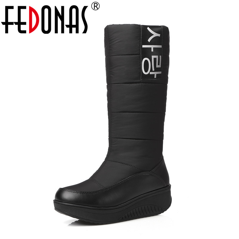 FEDONAS New High Quality Fur Snow Boots Women Super Warm Down Pu Leather Wedges High Boots Female Shoes Woman Black&White&Red fedonas new genuine leather snow boots women thick fur warm down mid calf winter boots round toe platform shoes woman black