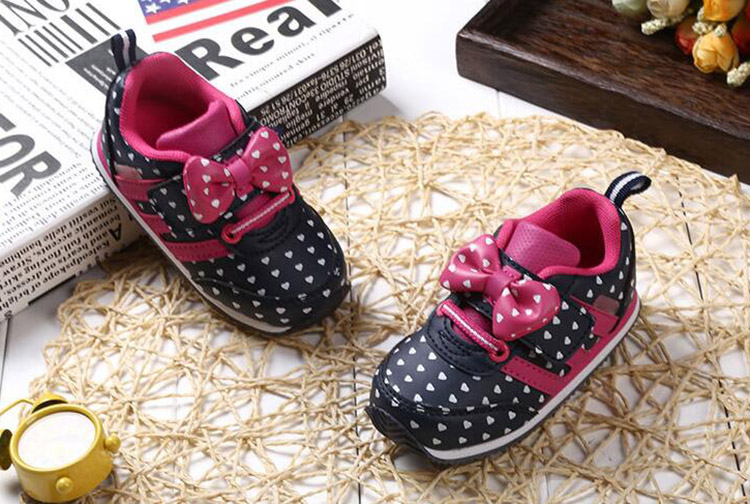 17 Autumn girl running sports shoes heart print black pink bowknot baby girls shoes Children casual Sneaker kid soft gym shoes 8