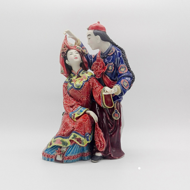 Sale Collectible Antique Chinese Statues for Wedding Gifts Decorative Porcelain Figurines Couple Dolls Home Decor Sculpture