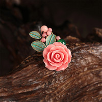 Yuan Shuo Original Creation Bronze Color Alloy Inlaid Pink Deep Sea Shell Artificial Carved Petals Brooch