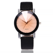 цена на New Famous Brand Ladies WristWatch Fashion Women Quartz Watch Leather Casual Female Clock Hodinky Relogio Feminino Montre Femme