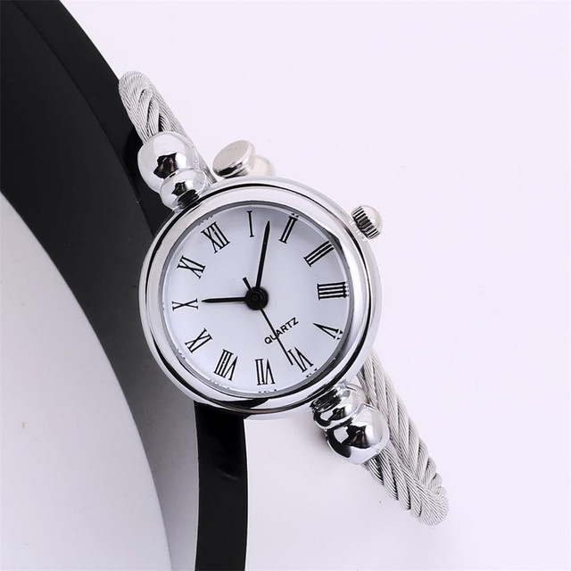 Fashion Women Bracelet Watch Glass Mirror Female Watch Girl Circular Analog Quar