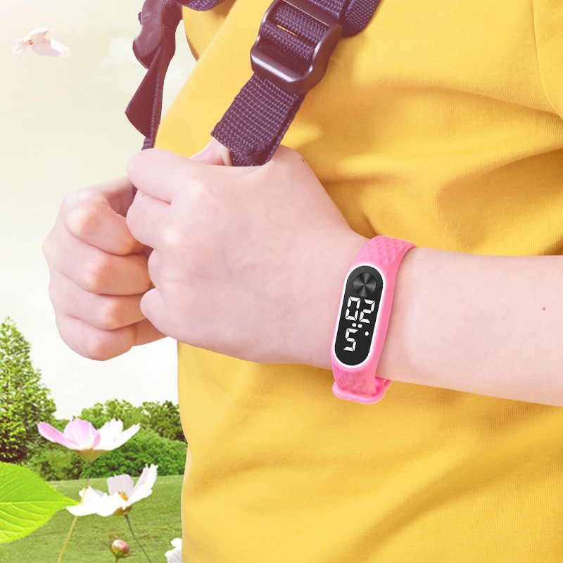 LED デジタルキッズ腕時計ブレスレットスポーツ腕時計子供男の子新電子時計 montre ランファンレロジオリロイ Infantil