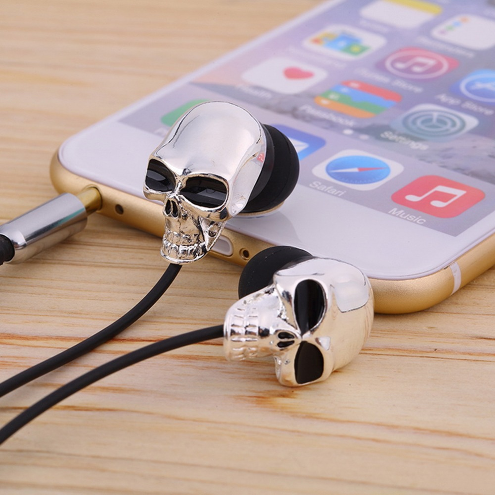 Unique Design 3.5mm In ear earphone High Performance Metal skull headphone dropshipping