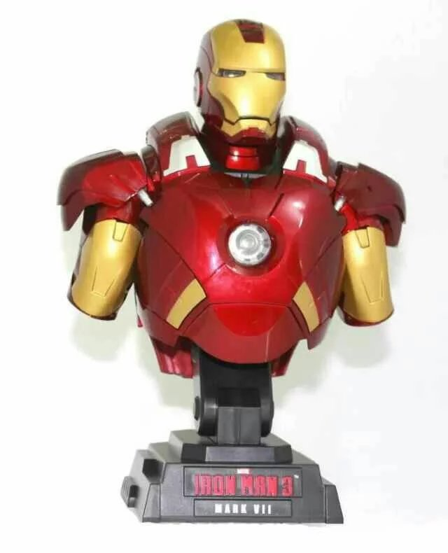 Iron Man Bust Action Figure 1/7 scale painted figure Light Red Ver. Iron Man Bust MK7 Doll PVC ACGN figure Brinquedos Anime 23CM touhou project 1 7 scale painted figure light ver kirisame marisa doll pvc action figure collectible model toy 23cm