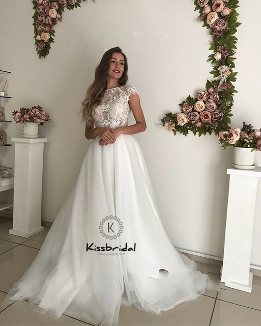 b93c78e42f vestido de novia 2019 New Style Tulle Wedding Dresess Sleeveless Lace High  Neck Bridal Wedding Gown Cheap