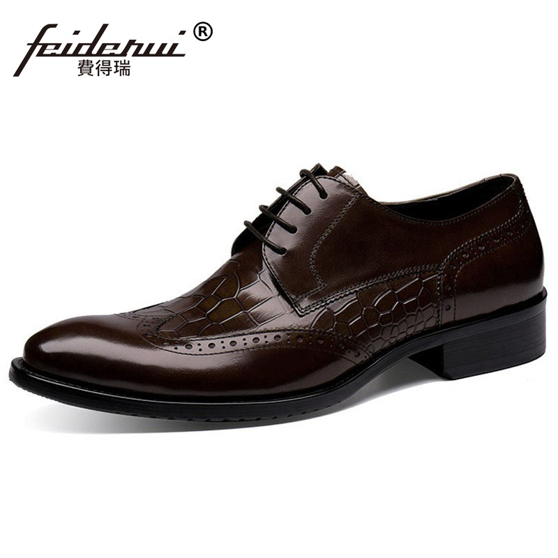 Vintage Luxury Brand Man Brogue Shoes Genuine Leather Formal Dress Oxfords British Round Toe Men's Wing Tip Carved Flats HJ72 ruimosi british style brand man formal dress shoes vintage genuine leather brogue oxfords pointed toe men s wing tip flats ce38