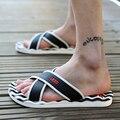 2015 Verano Hombres Casual Sandalias Planas de Ocio Suave Flip Flop, EVA Masaje Beach Zapatillas Zapatos Hombres Tamaño 40-45 3 colores liberan el envío