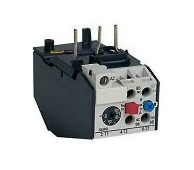 цена на 0.1-25A Rating 3 Pole Motor Protection Thermal Overload Relay 1NO 1NC x 1