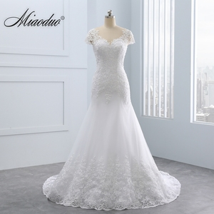 Image 1 - 2020 Vestidos de noiva Short Backless Lace Wedding Dresses Mermaid Appliques Pearls White Wedding Gowns Plus Size Wedding Dress