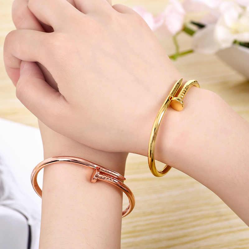 คุณภาพสูง Charming Gold สีผู้หญิง Cuff เล็บกำไลข้อมือสไตล์เรียบง่ายสง่างามโลหะสร้อยข้อมือและกำไลสำหรับผู้หญิงอุปกรณ์เสริม