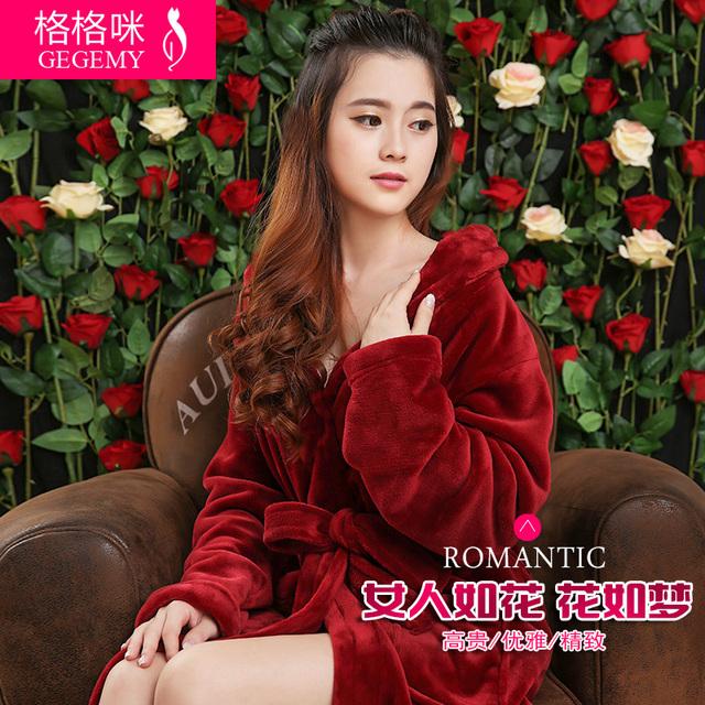 Amantes de design longo espessamento flanela robe feminino outono e inverno bathoses salão plus size uma peça de banho sleepwear