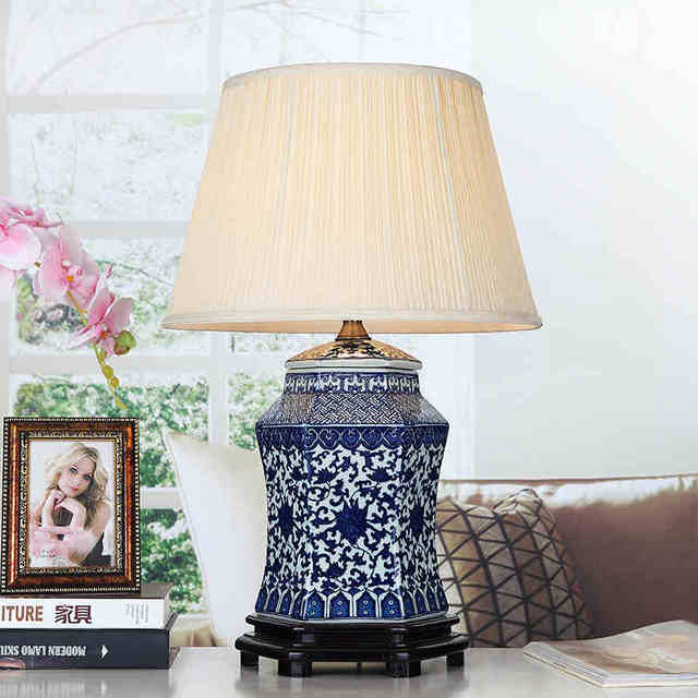 Attrayant Vintage Style Porcelain Ceramic Desk Table Lamps For Bedside Chinese Blue  And White Porcelain Blue Porcelain