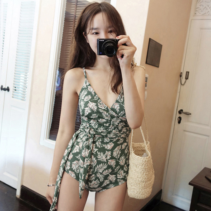Flower Print Wrap Beach Romper 2018 Summer Mid Waist V Neck Female Floral Playsuit Sleeveless Floral Vacation Romper