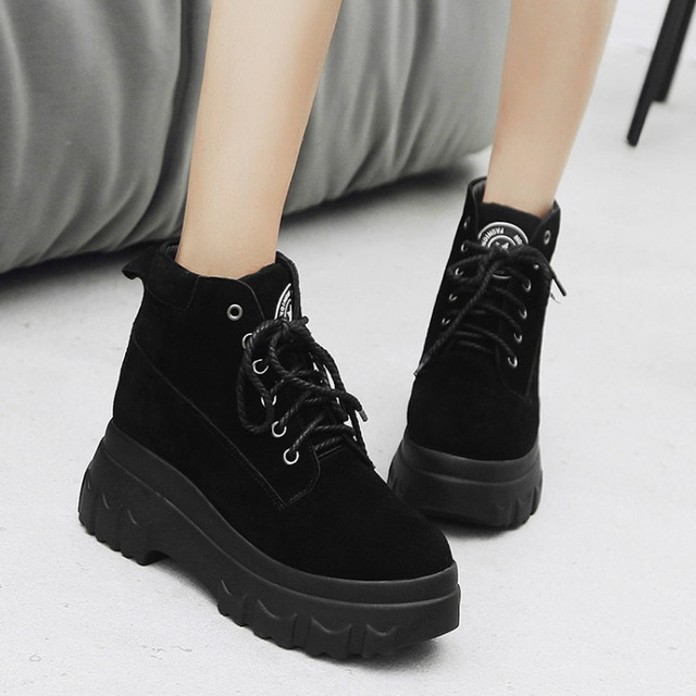 db9d52ecf95 US $44.22 33% OFF|PXELENA 2018 New Vintage Thick Platform Creeper Ankle  Boots Women Lace Up Punk Rock Gothic Martin Boots Ladies Shoes Black 34  43-in ...