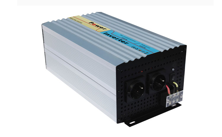 цена на HOT 3000w pure sine wave inverter for solar system wind system use,off grid single phase 24v 48v 96v 110v with charger
