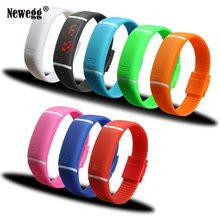97c902f9f6ec Sección de actualización impermeable LED pulsera Relojes niños mujeres  reloj hombres reloj Digital del silicón deportes