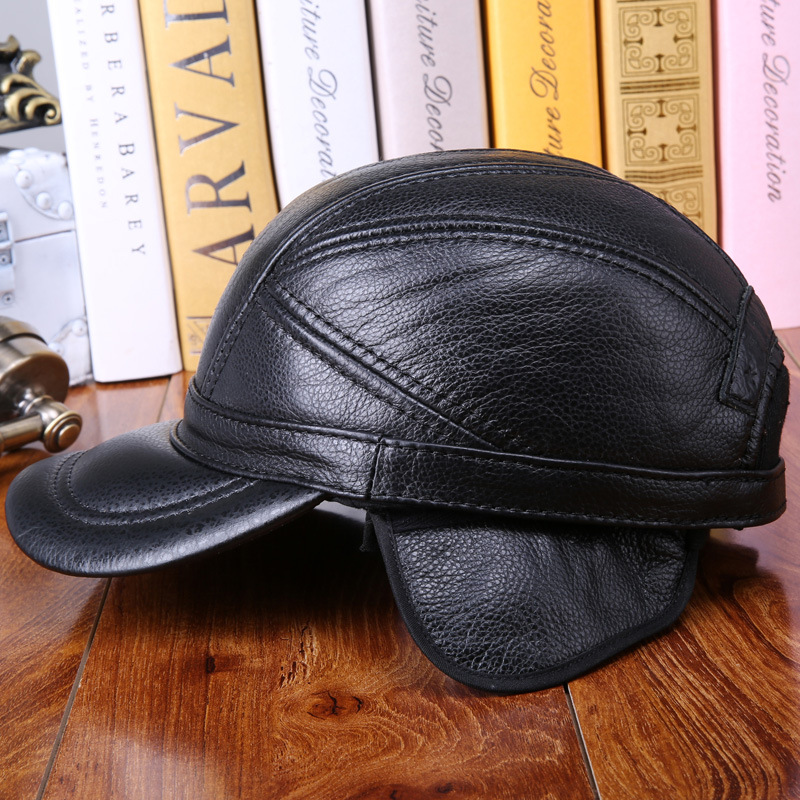 men autumn and winter warm cowhide leather baseball hat elderly casual  quilted 100% Genuine leather ear protection cap-in Baseball Caps from  Apparel ... de85e1360e8